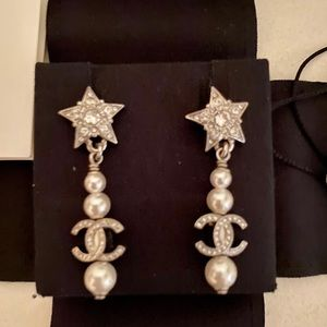 New 20P Chanel Pearl and crystal drop earrings
